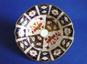 Royal Crown Derby 'Traditional Imari' Pattern 2451 Dish c1934